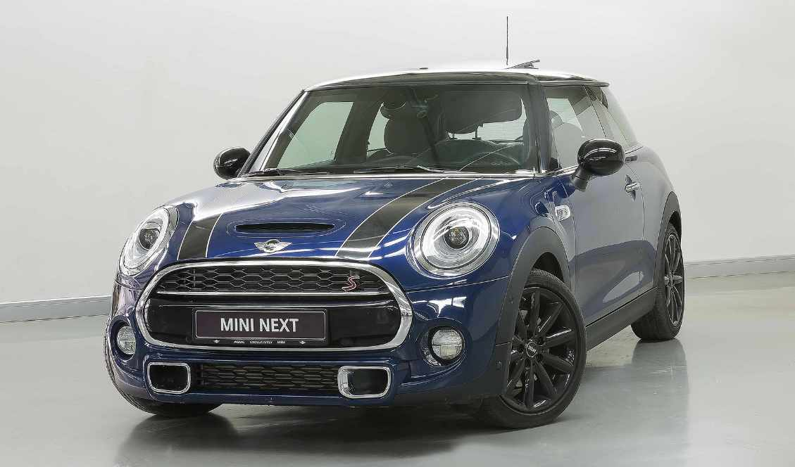 Mini Cooper S 2017 Blue For Sale On Getthatcom Aed 119000