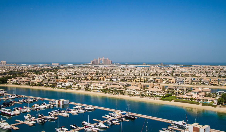 palm jumeirah yachts and villas